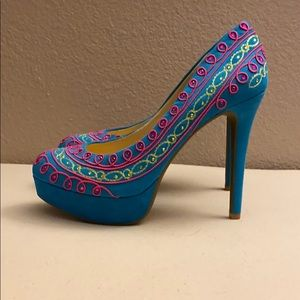 New Gianni Bini Pumps Blue and Pink
